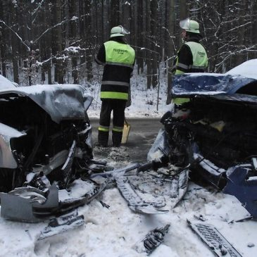 Verkehrsunfall – Glatte Fahrbahn