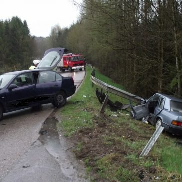 Verkehrsunfall mit 2 PKW