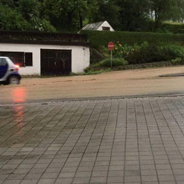Starkregen – Feuerwehr im Dauereinsatz