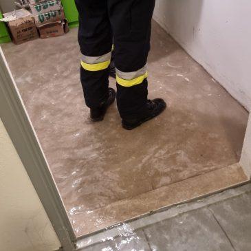 Defekter Wasserfilter flutet Keller
